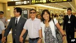 陈光诚抵达台北机场(2013年6月23日)