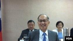 台湾外交部长李大维2017年5月1日在立法院备询 (美国之音记者申华 拍摄)
