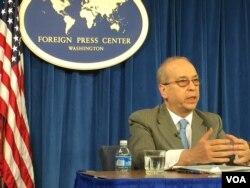 美助理国务卿拉塞尔 (2016年2月10日,美国之音莉雅拍摄)