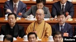 北京龙泉寺方丈、中国佛教协会会长释学诚