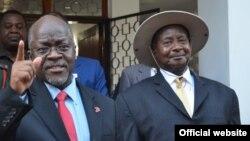 Rais Magufuli na Rais Museveni