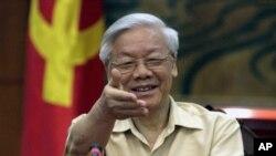 Ông Nguyễn Phú Trọng trong một cuộc họp báo tại Hà Nội, ngày 3/7/2015.