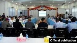 ၂၀၁၉ ခုႏွစ္ ဧၿပီလ ၃၀ ရက္ေန႔က NRPC နဲ႔ ေျမာက္ပိုင္းမဟာမိတ္အဖဲြ႔ေတြ ေတြ႔ဆံု ေဆြးေႏြးခဲ့တဲ့ ျမင္ကြင္း။ (မွတ္တမ္းဓာတ္ပံု)