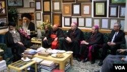 هیات اسقف های کاتولیک آمریکا در دیدار با روحانیون و مراجع ایرانی - اسفند ۱۳۹۳