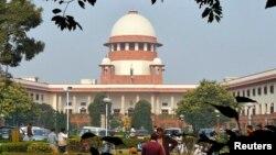 Gedung Mahkamah Agung India di New Delhi (foto: dok). MA India telah membatalkan keputusan pengadilan tinggi yang mencabut UU larangan homoseks.