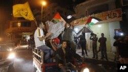 Người Palestine vui mừng sau khi Israel và Hamas đạt thỏa thuận ngưng bắn