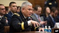AQSh generali Jon Kempbel