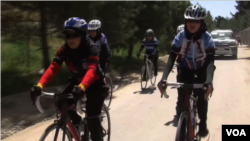 دختران بایسکل ران افغان به آینده درخشان ورزش در افغانستان امیدوار اند