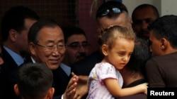 Sekjen PBB meninjau sekolah PBB untuk para pengungsi di Gaza (14/10).