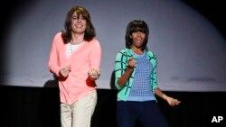Джимми Фэллон, переодетый в женскую одежду и Мишель Обама