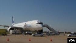 本届莫斯科航展上的空中客车A-350-900客机。