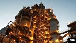 Çin Irak'ta Petrol Çıkarmaya Başladı