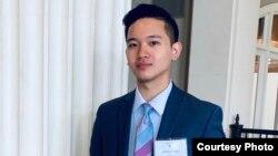 Sinh viên trung học Derrick Ngô, thành phố Houston, bang Texas.