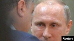 Petro Poroshenko shugaban Ukraine da Vladimir Putin na Rasha