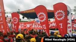 May 1 Rally in Istanbul by Hilmi Hacaloglu (VOA Turkish)