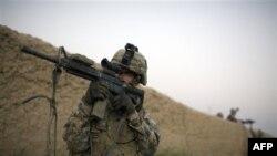 Binh sĩ Mỹ tuần tra ở Arghandab, vùng thung lũng nhiều biến động trong tỉnh Kandahar của Afghanistan