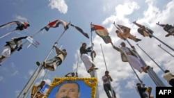 Pristalice jemenskog predsednika Saleha proslavljaju njegov povratak u zemlju