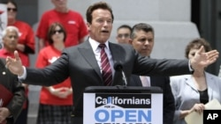 آرنولد شوارتزنگر، فرماندار جمهوریخواه سابق از تغییر مقررات انتخابات مقدماتی حمایت کرد