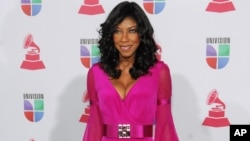 FILE - Natalie Cole arrives at the 13th Annual Latin Grammy Awards at Mandalay Bay on Nov. 15, 2012, in Las Vegas.