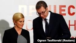 Predsednica Hrvatske Kolinda Grabar-Kitarović i predsednik Srbije Aleksandar Vučić na sastanku zemalja procesa Brdo-Brioni u Skoplju, 27. aprila 2018. (Foto: Ognen Teofilovski/REUTERS)