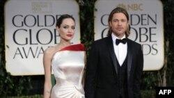 'Angelina Jolie Hamile'