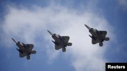 미 공군의 F-22 전투기 (자료사진)