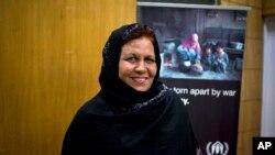 Aqeela Asifi, institutrice afghane, gagnante du prix Nansen pour les Réfugiés 2015 du HCR, à Islamabad, au Pakistan, le 15 septembre 2015. (Photo AP)