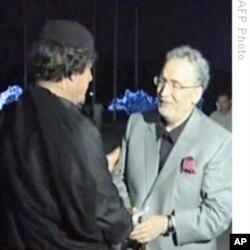 Le Libyen Megrahi reçu par le leader libyen Muammar Kadhafi
