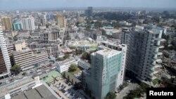 Une vue de la ville portuaire de Dar es-Salaam, Tanzanie, le 12 juillet 2013.