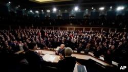 دونالدترمپ حین ایراد خطابۀ سالانه به کانگرس