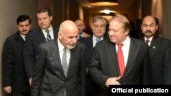 """آقای غنی بار ها گفته است که """"جنگ اعلام نا شده"""" میان کابل و اسلام آباد جریان دارد و این مشکل باید از طریق صلح آمیز حل گردد."""