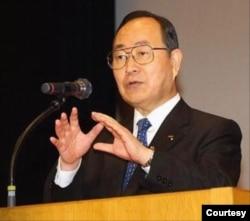 前自民党参议员、智库PHP研究所社长江口克彦