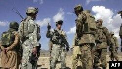 Pakistan İngiltere'den Askeri Danışmanları Çekmesini İstedi
