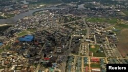 An aerial view of the oil hub city Port Harcourt in Nigeria's Delta region May 16, 2012.