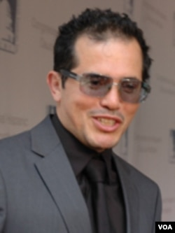 John Leguizamo, actor hispano.