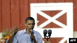Економіка США - це головна тема зустрічей президента Обами з населенням