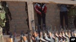 Armas que alegadametne pertenciam aos golpistas