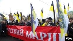 «Русский марш»: национализм в медицинских масках