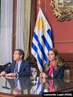 El canciller de Uruguay, Ernesto Talvi, junto a la vicecanciller Carolina Ache.