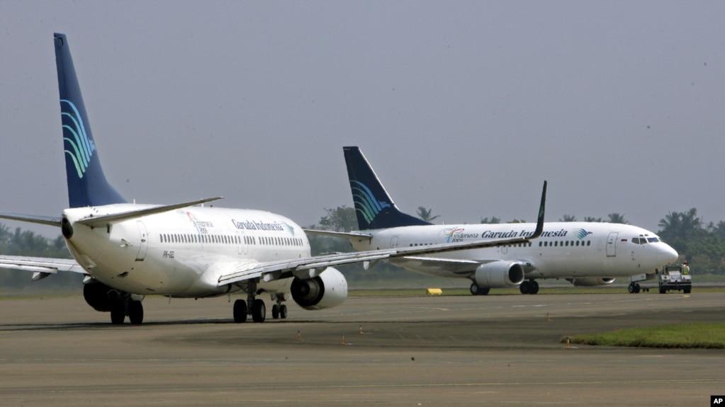 Hasil gambar untuk Pesawat terbang Komersial Transportasi