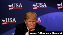 美国总统川普在俄亥俄州克利夫兰召开的一个有关减税的论坛会议上。(2018年5月5日)
