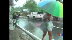 2015-12-15 美國之音視頻新聞: 颱風茉莉侵襲菲律賓中部至少一人死亡