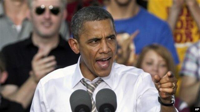 Predsednik Obama govori na jednom skupu svojih pristalica u subotu, u Ajovi