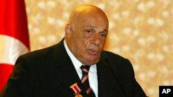 Veteran politician and former leader of Turkish Cypriots Rauf Denktash in a 2005 photo.