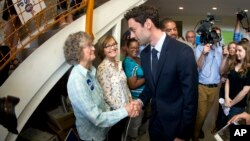 Democratic candidate for Georgia's Sixth Congressional seat Jon Ossoff greets supporters at a campaign field office, April 18, 2017, in Marietta, Georgia. A win by Ossoff could become a harbinger of potentially growing anti-Trump sentiments on traditionally Republican territory.