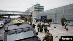 وزیر داخلۀ فرانسه گفت این مهاجم برای پولیس و دستگاه اطلاعاتی فردی شناخته شده بود
