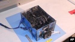 專家說,兩架787 客機的事故原因,可能與鋰離子電池過度充電引致過熱和燃燒有關