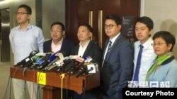 香港民主党主席特赦七警言论炸窝后收回