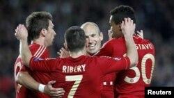 Ciyaartoyda Bayern Munich oo u dabaal dageya goolka Robben uu ka dhiliyey Barcelona.