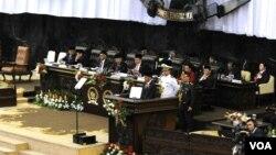 Presiden Joko Widodo menyampaikan Pidato Kenegaraan tahunan pada sidang bersama DPR, MPR dan DPD di Jakarta (14/8). (VOA/Andylala Waluyo)